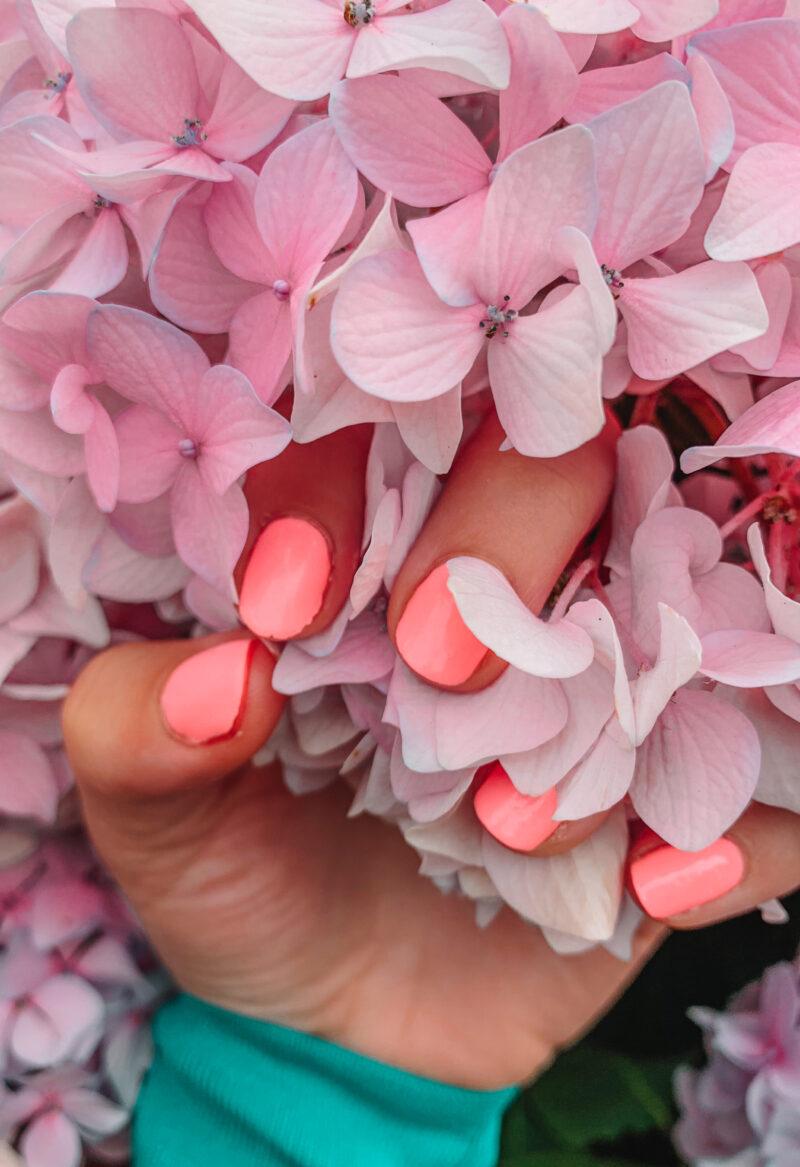 Pink Gellac Milkshake pink